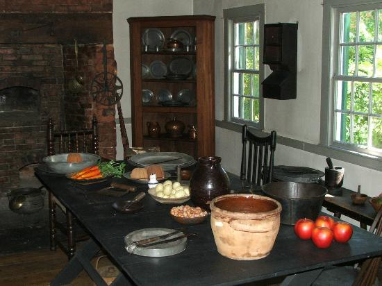 Ford Mansion and Museum: KITCHEN