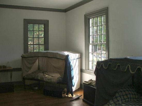 Ford Mansion and Museum: CAMP BEDS