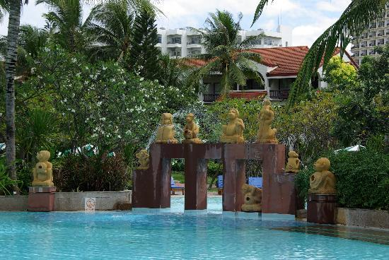 The Regent Cha Am Beach Resort: einer der Pools