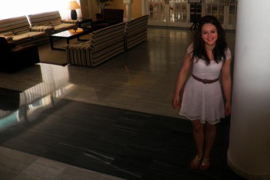 Hotel Augusta Club: Hotel Lobby
