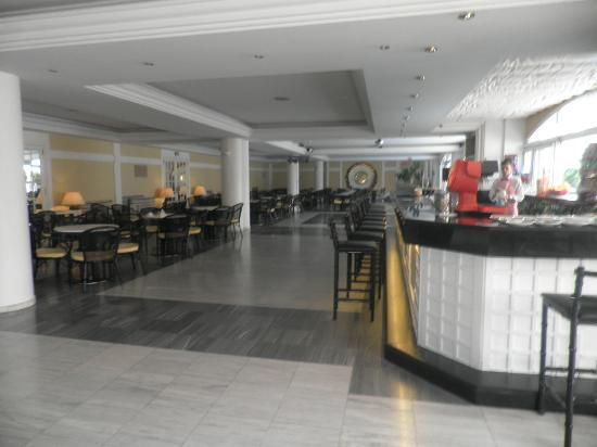 Augusta Club Hotel & Spa - Adults Only: Bar