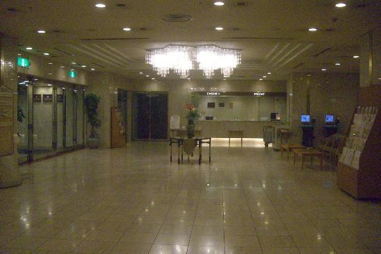 Meitetsu Toyota Hotel: ロビー