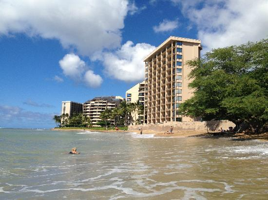 Kahana Beach Resort Perfect Location