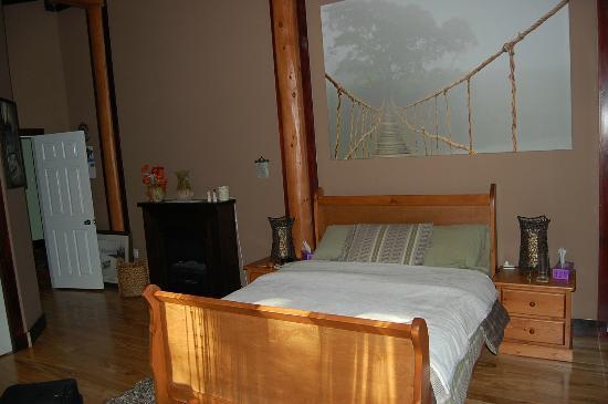 Ryder Lake Lodge B&B