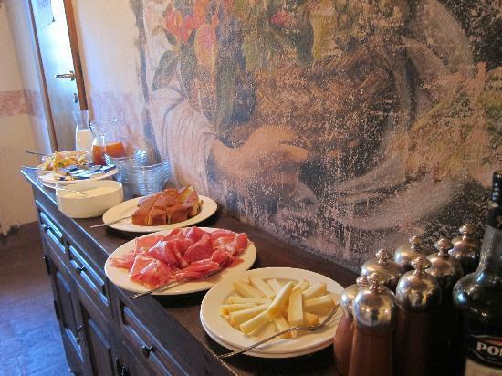 Palazzo Brandano: Breakfast