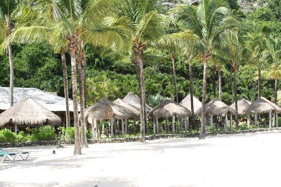 Galley Bay Resort: The Gauguin from the Beach