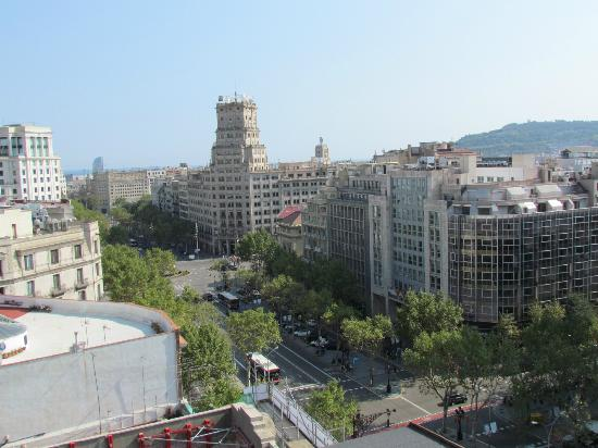 Mandarin Oriental, Barcelona: View from Rooftop Pool