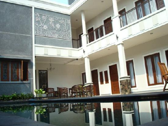 Shraya Residence: Shraya Menteng Residence