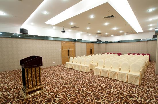 Pariss Hotel: Conference Hall