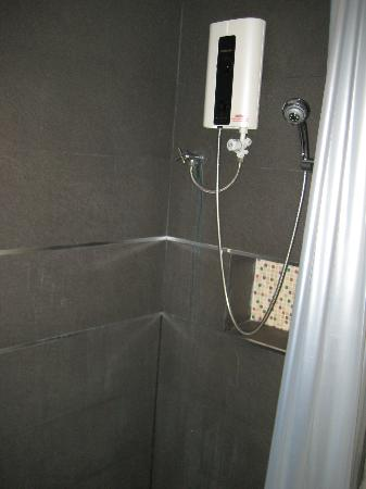 De Poem Loft Boutique Residence: Shower