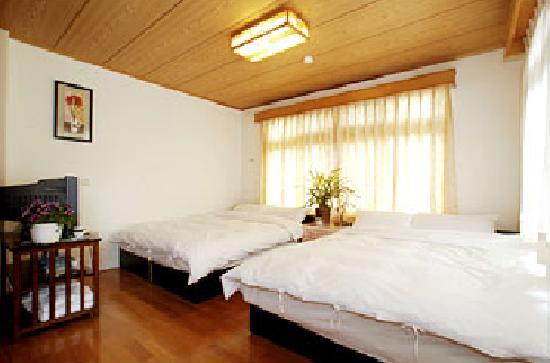 Taitung Luye Goose Nest Garden Bed And Breakfast: 溫馨四人房