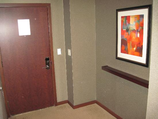 Battery Wharf Hotel, Boston Waterfront: Entrance of the room