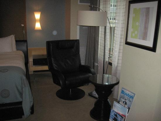 Battery Wharf Hotel, Boston Waterfront: Captain's Chair