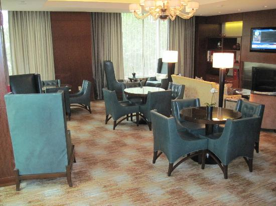 Battery Wharf Hotel, Boston Waterfront : Private lounge of the Gold Building