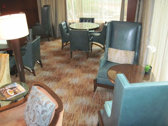Battery Wharf Hotel, Boston Waterfront: Private lounge of the Gold Building
