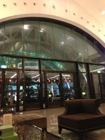 The Fullerton Bay Hotel Singapore: エントランス