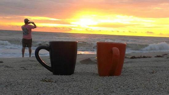 Sea Scape Motel - Oceanfront Getaway : Coffee and Sunrise on the Beach