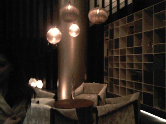 Live Aqua Urban Resort Mexico: lobby