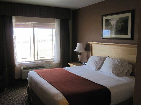Holiday Inn Express Hotel & Suites Kalispell: Sleeping area