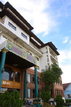 13 Coins Hotel Bangyai: 13 Coins Hotel Bang yai
