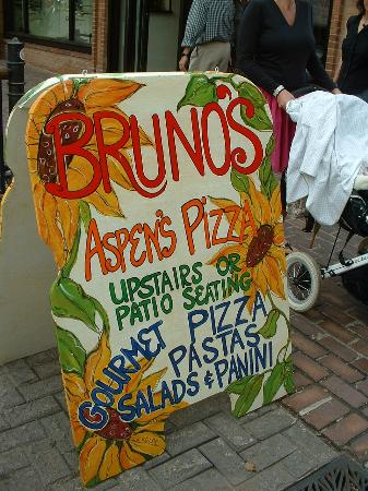 Brunelleschi's Dome Pizza: Cute sign says it all