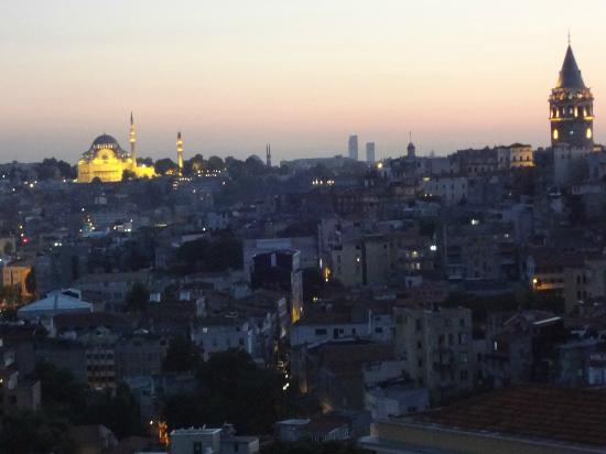 Witt Istanbul Suites: Suleymaniye Mosque