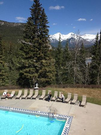 The Fairmont Banff Springs: View from grounds
