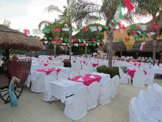 Allegro Playacar : Mexican Independence Day dinner
