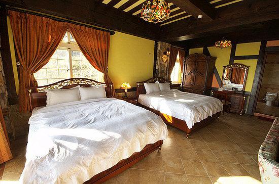 Eos Resort