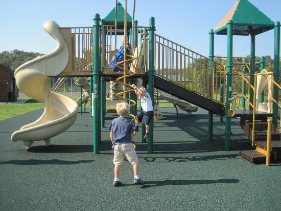 Massanutten Resort: Playground at Woodstone