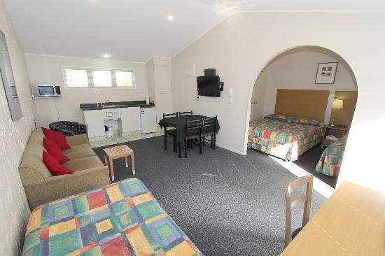 Walton Park Motor Lodge: Quad studio