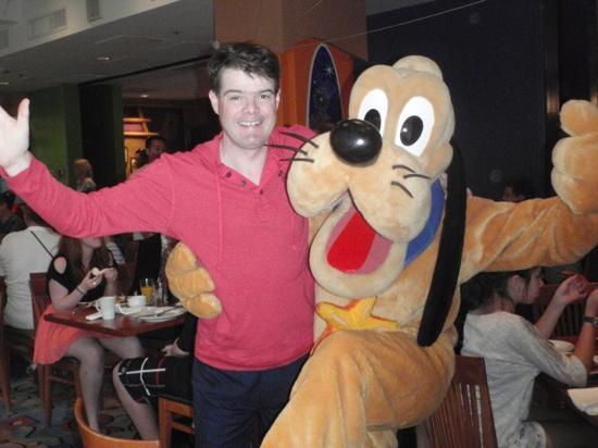 Disney's PCH Grill : pluto and hubby