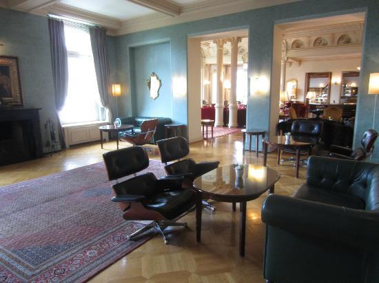 Grand Hotel Kronenhof: Aufenthaltsraum