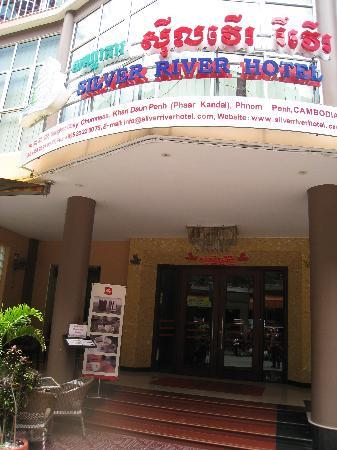Silver River Hotel: Hotel exterior