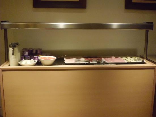 Hotel Exe Guadalete: Desayuno