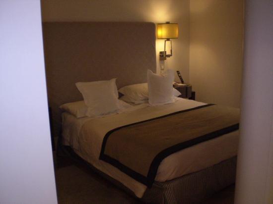 Melia Genova: Bedroom