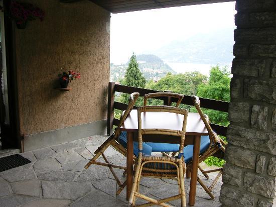 Hotel Il Perlo Panorama : Family Room Balcony
