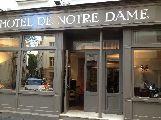 "Hotel de Notre Dame ""Maitre Albert"": Beautiful"