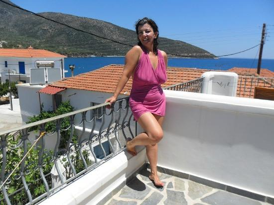 Paraliako Hotel: ... στη βεράντα...