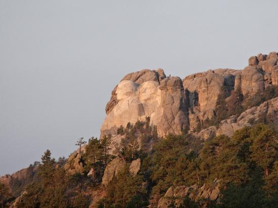 Mt. Rushmore's President View Resort: telephoto view from our room