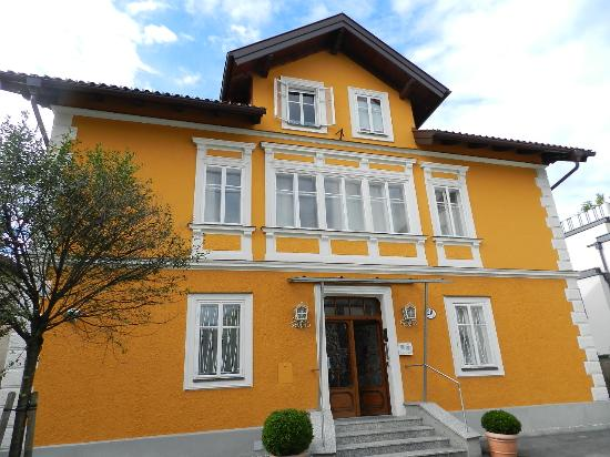 Villa Ceconi: esterno