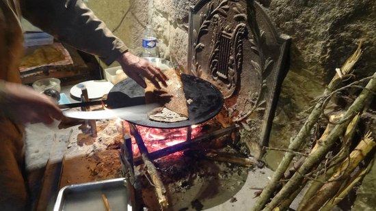 La Roche : Galette on an open fire