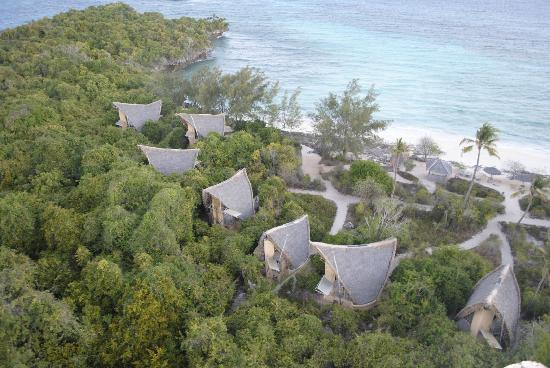 Chumbe Island Coral Park: Chalets from the lighthouse