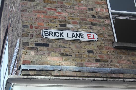 Brick Lane: insegna