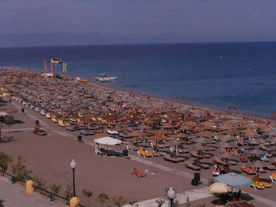 Hotel Mediterranean: View from beach side room
