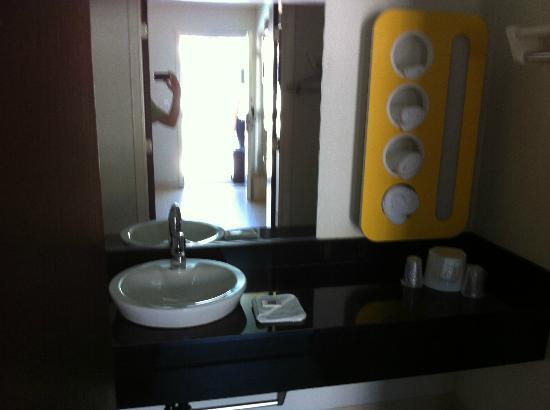 写真モーテル 6 サンタ バーバラ - カーピンテリア サウス枚