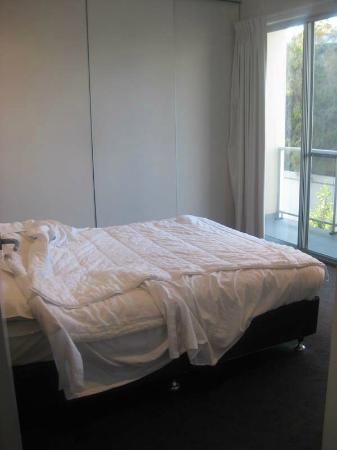 La Loft Apartments Unley: Master Bedroom