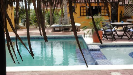 El Encanto Boutique Hotel: by the pool