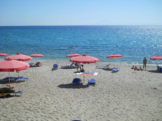 Hotel Akti: Pefkari beach