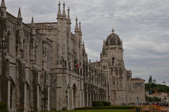 Biara Jeronimos (Mosteiro dos Jeronimos): Spires and Dome